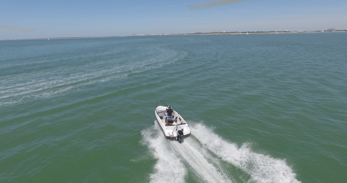 Hire Motorboat with or without skipper Lobster La Rochelle