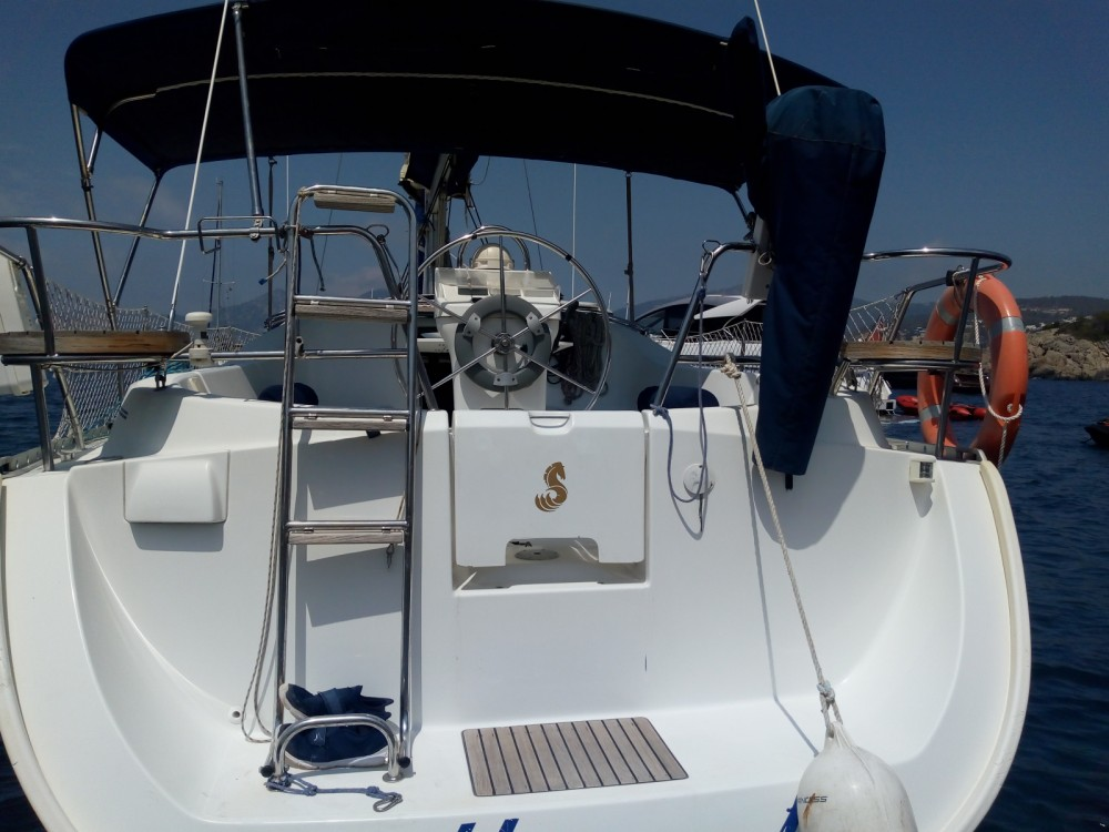 Rental Sailboat in Ibiza - Bénéteau Oceanis 331 Clipper