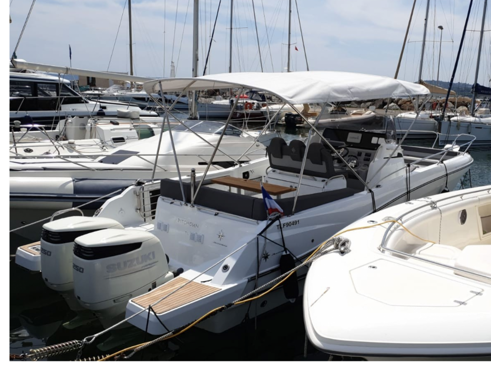 Rental yacht Sainte-Maxime - Jeanneau Cap Camarat 9 CC on SamBoat