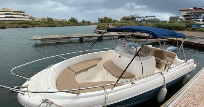 Rental yacht Antibes - Jeanneau Cap Camarat 6.5 CC Serie 2 on SamBoat