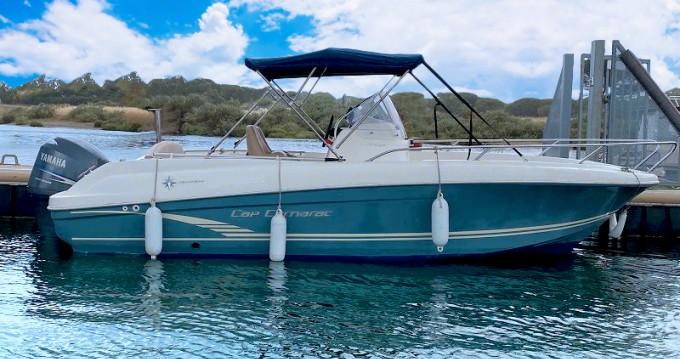 Boat rental Jeanneau Cap Camarat 6.5 CC Serie 2 in Antibes on Samboat
