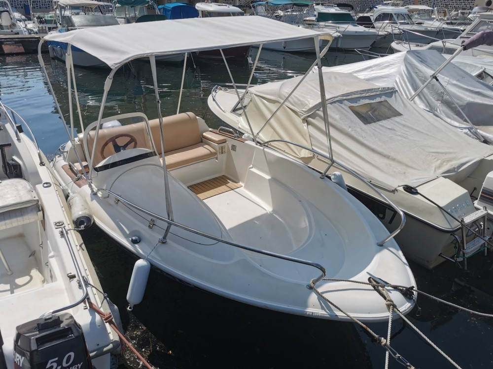 Boat rental Mandelieu-la-Napoule cheap Quicksilver 425