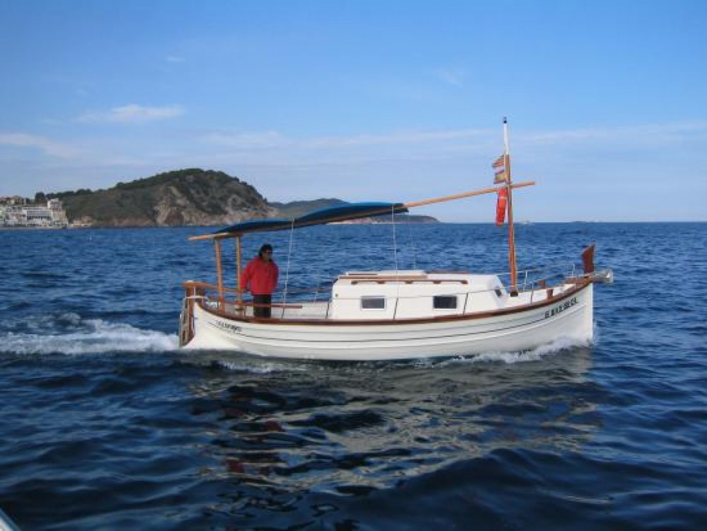 Rental Motorboat Menorquin with a permit
