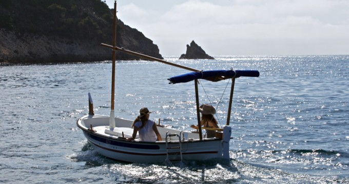 Rental Motorboat Pascual with a permit