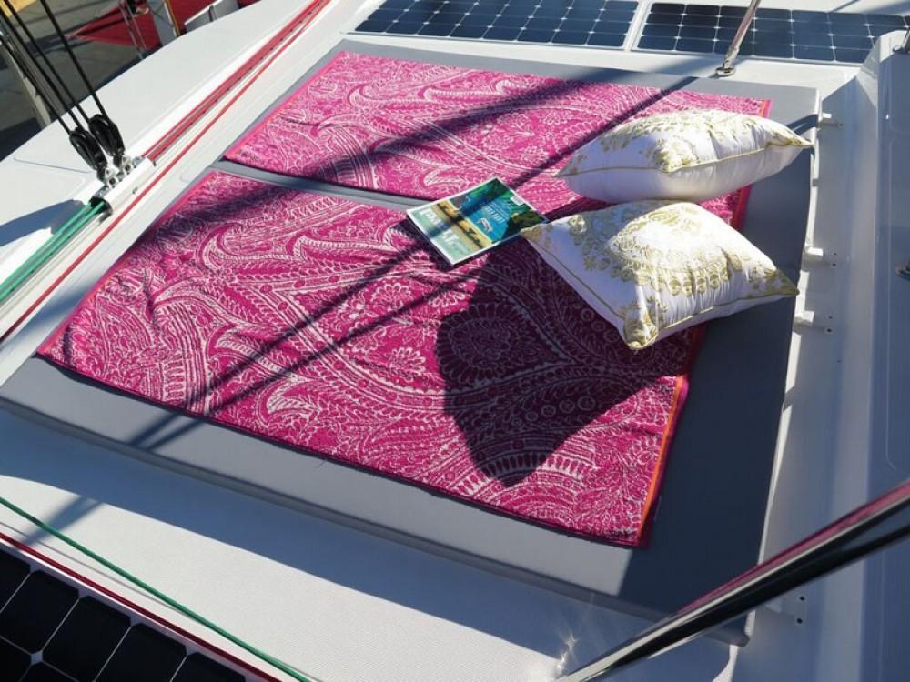 Rental yacht Papeete - Catana Bali 4.3 on SamBoat
