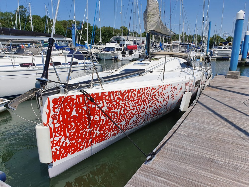 Hire Sailboat with or without skipper Pogo Structures Vannes