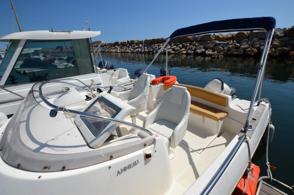 Rental yacht Argelès-sur-Mer - Jeanneau Cap Camarat 625 WA on SamBoat