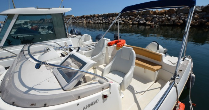 Hire Motorboat with or without skipper Jeanneau Argelès-sur-Mer
