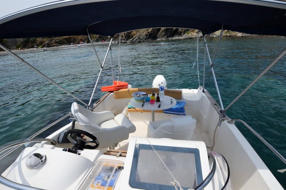 Boat rental Argelès-sur-Mer cheap Cap Camarat 625 WA