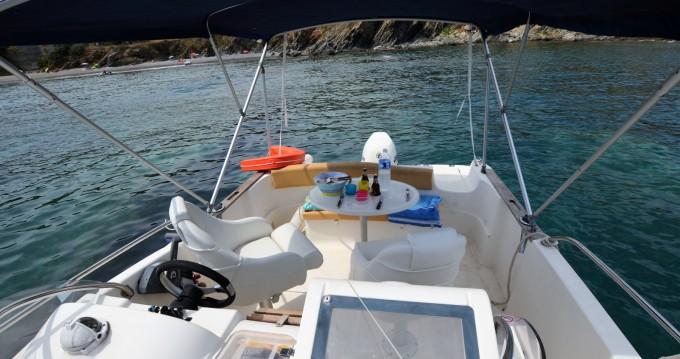 Boat rental Jeanneau Cap Camarat 625 WA in Argelès-sur-Mer on Samboat