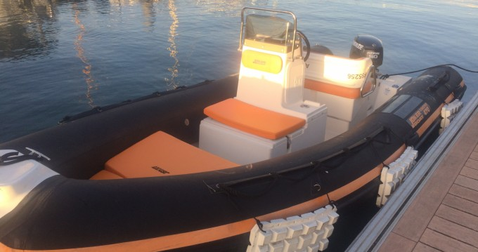 Hire RIB with or without skipper Joker Boat Île-aux-Moines