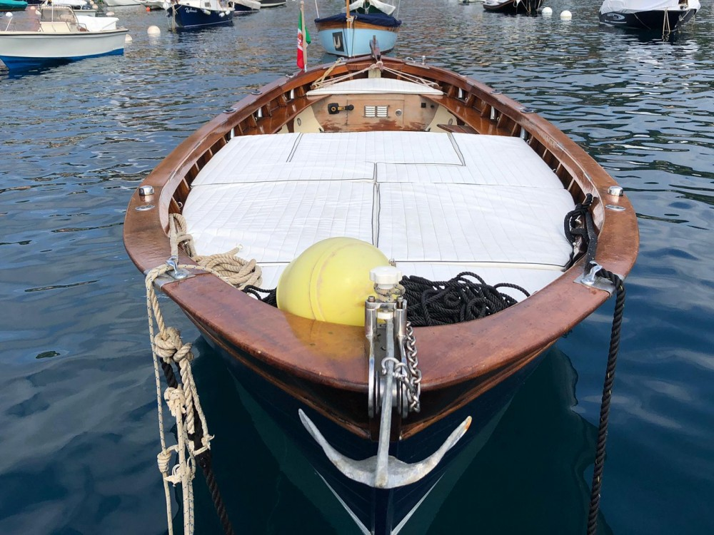 Hire Motorboat with or without skipper Gozzo Scipione Santa Margherita Ligure