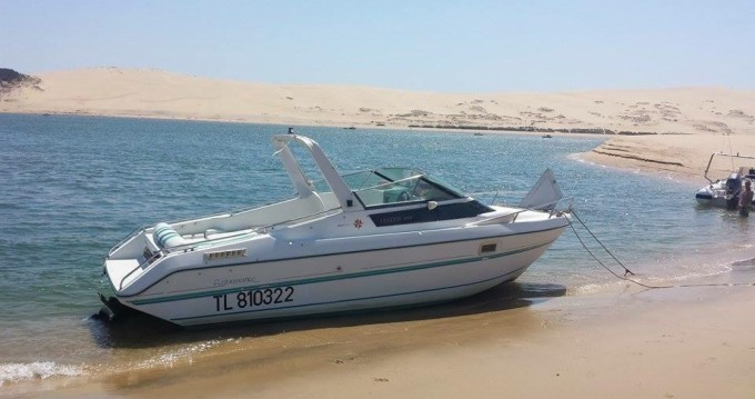 Jeanneau Leader 650 Performance between personal and professional Andernos-les-Bains