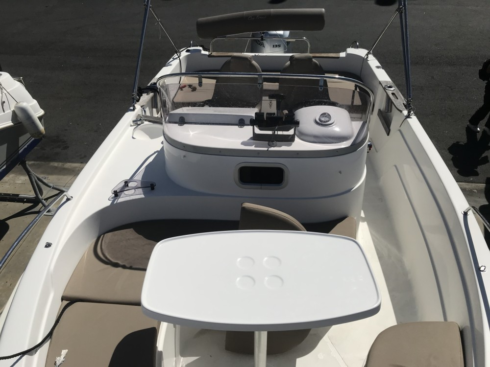 Hire Motorboat with or without skipper B2 Marine Anglet