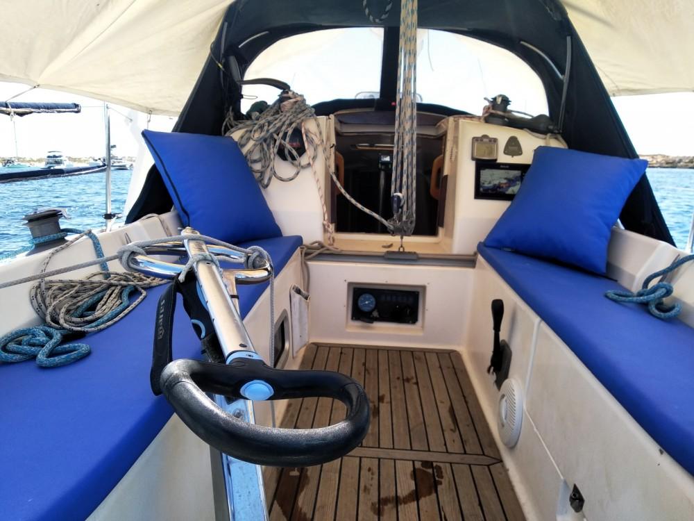 Boat rental la Savina cheap Elan 295
