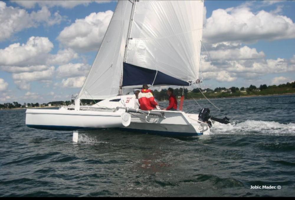 Rental yacht La Trinité-sur-Mer - Tricat tricat 25 on SamBoat