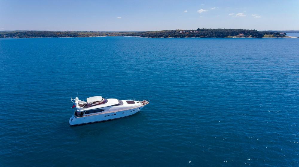 Boat rental Maiora Maiora 20S in Novigrad on Samboat