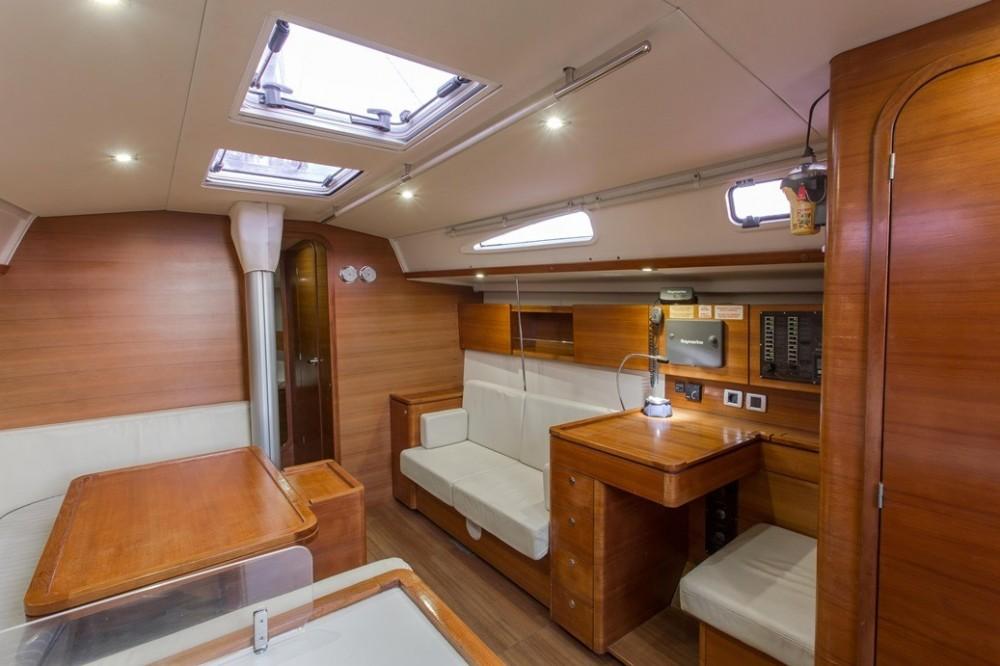 Boat rental Atene cheap Salona 44