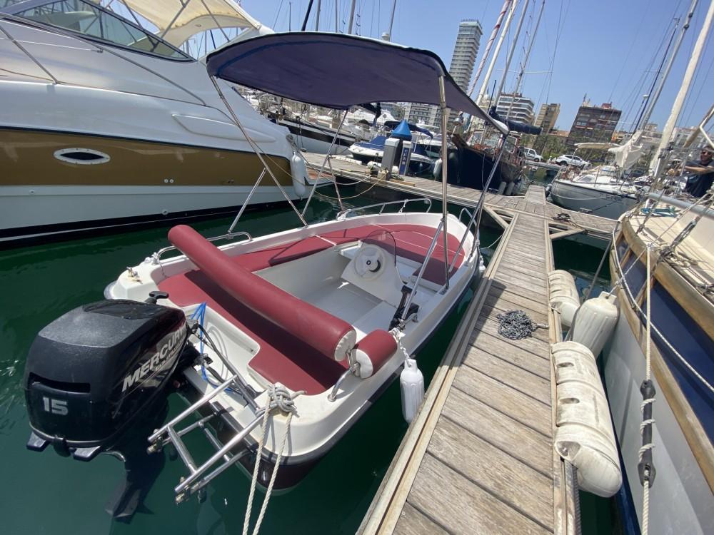 Boat rental Dream Point  Dreamline 430 in Alicante on Samboat