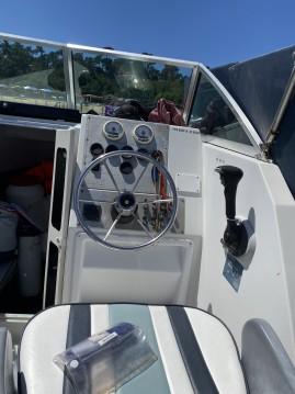 Rental Motorboat in Lège-Cap-Ferret - Chris Craft Sea Hawk 216