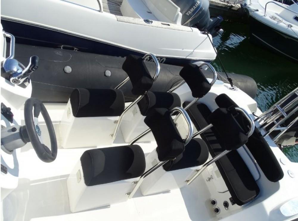 Boat rental Brig Eagle 780 in La Trinité-sur-Mer on Samboat