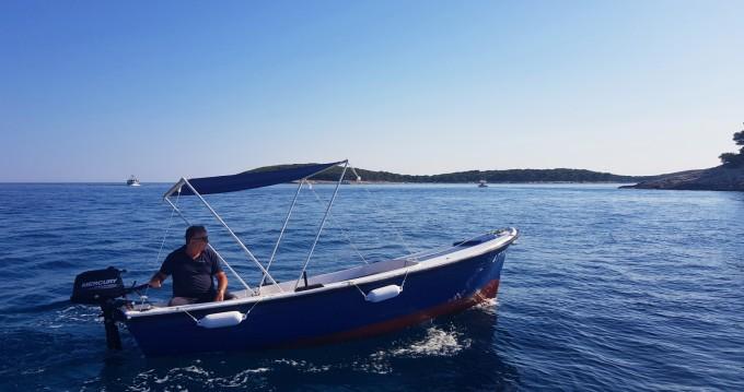 Rental Motorboat in Hvar - Pasara Jugoplastika