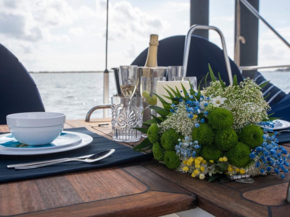 Boat rental Portimão cheap Bavaria 46 Cruiser