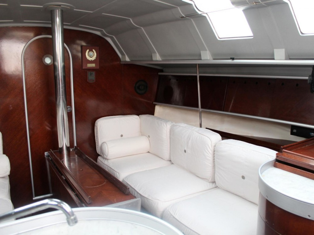 Boat rental  cheap First 35 S5