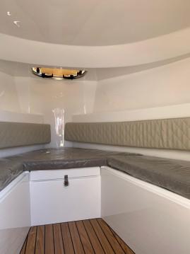 Rental Motorboat in Arcachon - oudhuijzer 700 Cabine