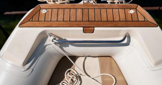 Boat rental Mar-Co Twentythree XL in Siracusa on Samboat