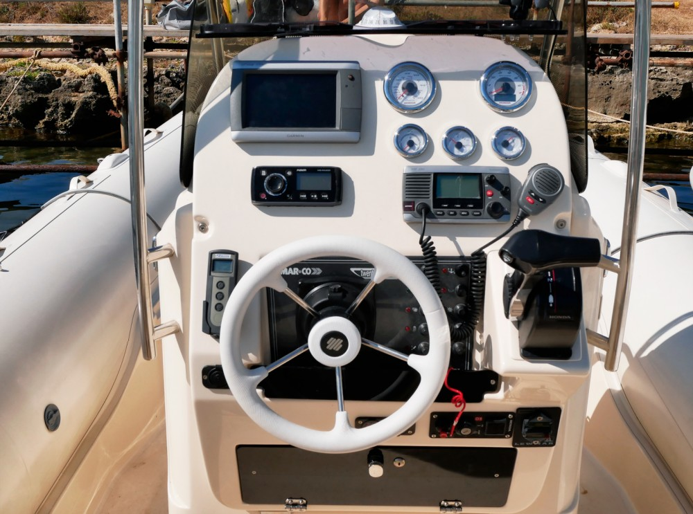 Rental yacht Syracuse - Mar.Co Twentythree XL on SamBoat