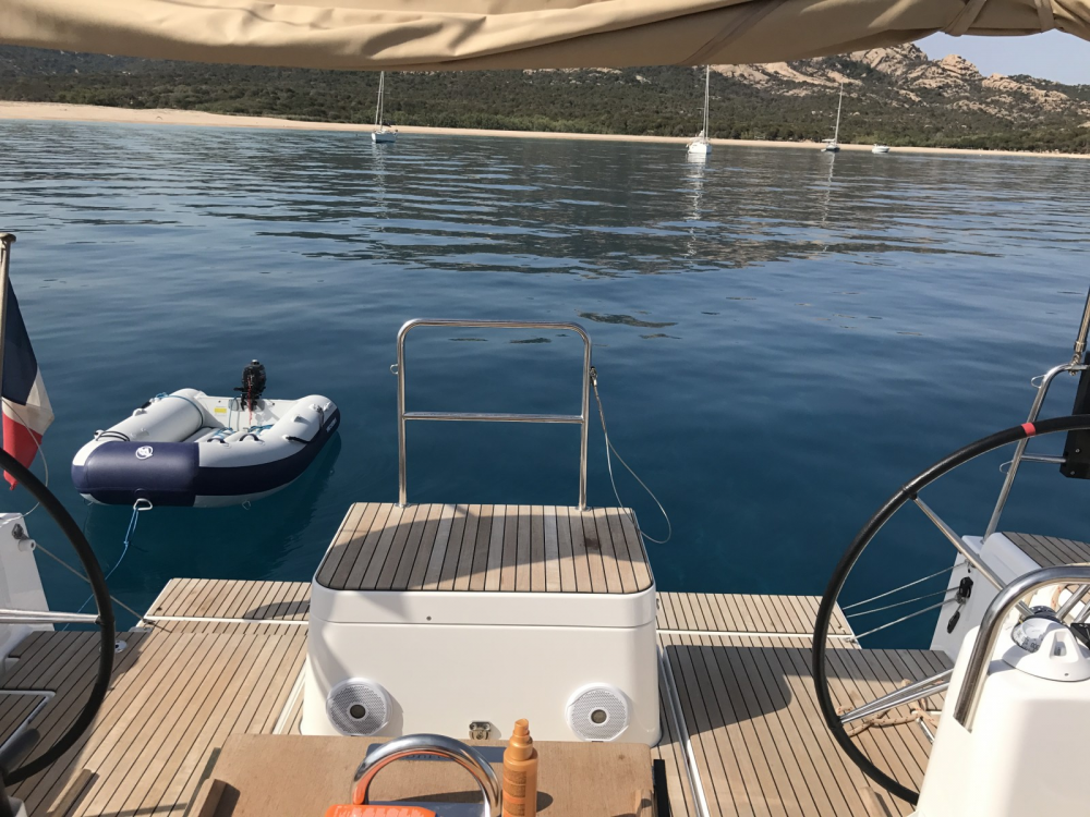Boat rental Dufour Dufour 512 Grand Large in Marseille on Samboat