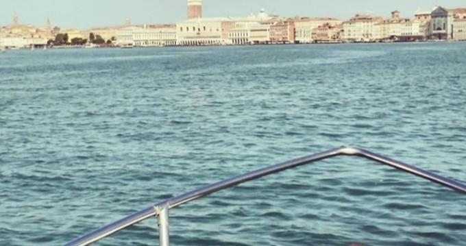Boat rental Quarto d'Altino cheap Open 540