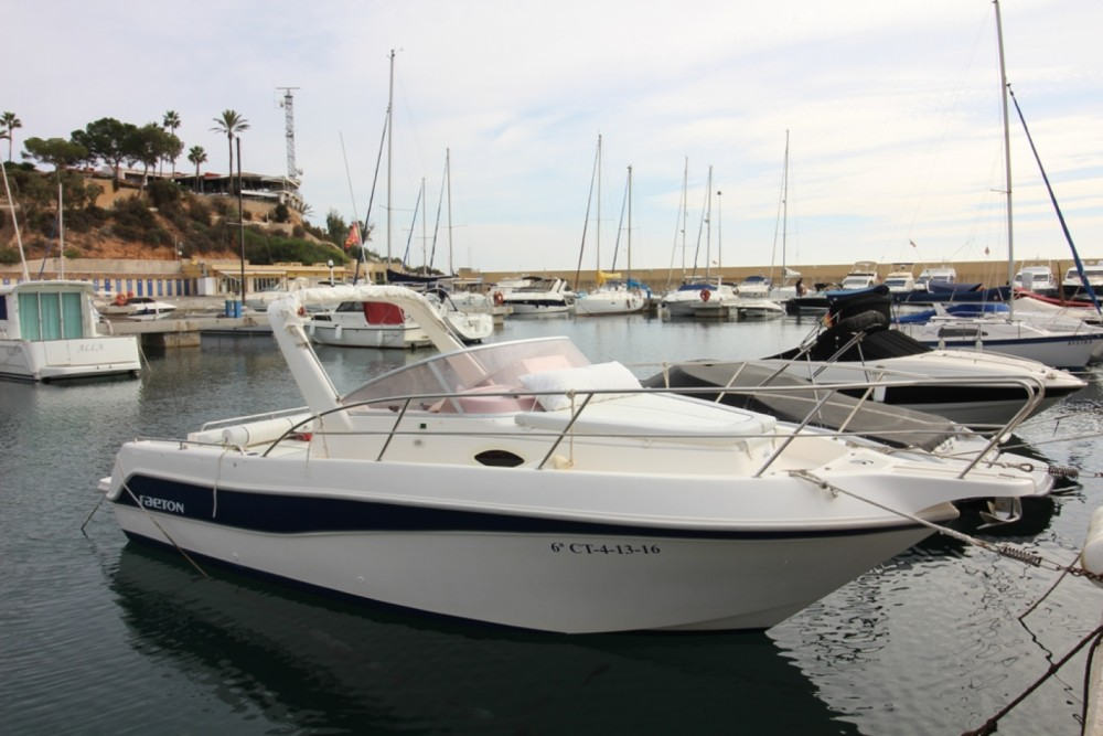 Motorboat for rent Cabo Roig at the best price