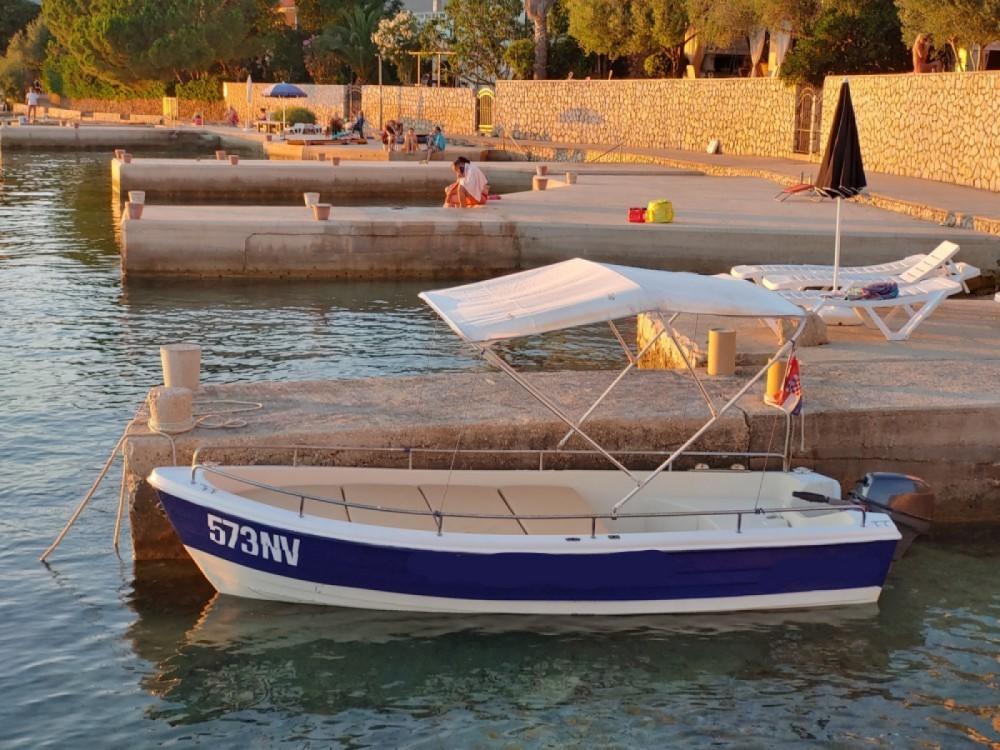 Rental yacht Stara Novalja - pasara 430 6 on SamBoat