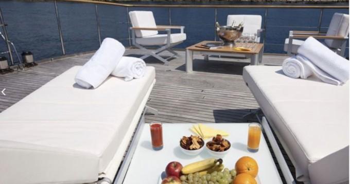 Rental Yacht in Marseille - CNE 105