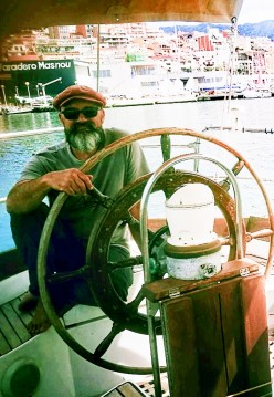 Hire Sailboat with or without skipper CHEOY LEE el Masnou