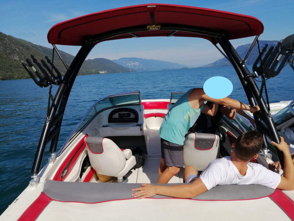 Rental Motorboat in Aix-les-Bains - Sea Ray Sea Ray 205 Sport