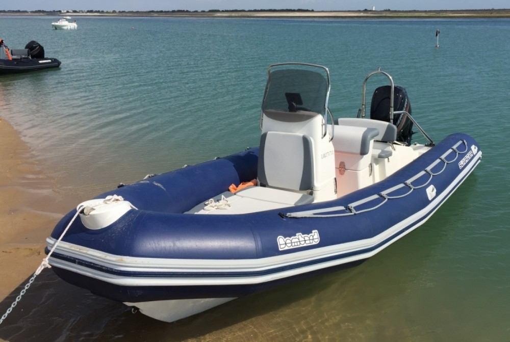 Rental RIB Bombard with a permit