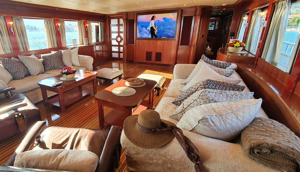 Rental Yacht in Kaštel Gomilica -  Johnson 87