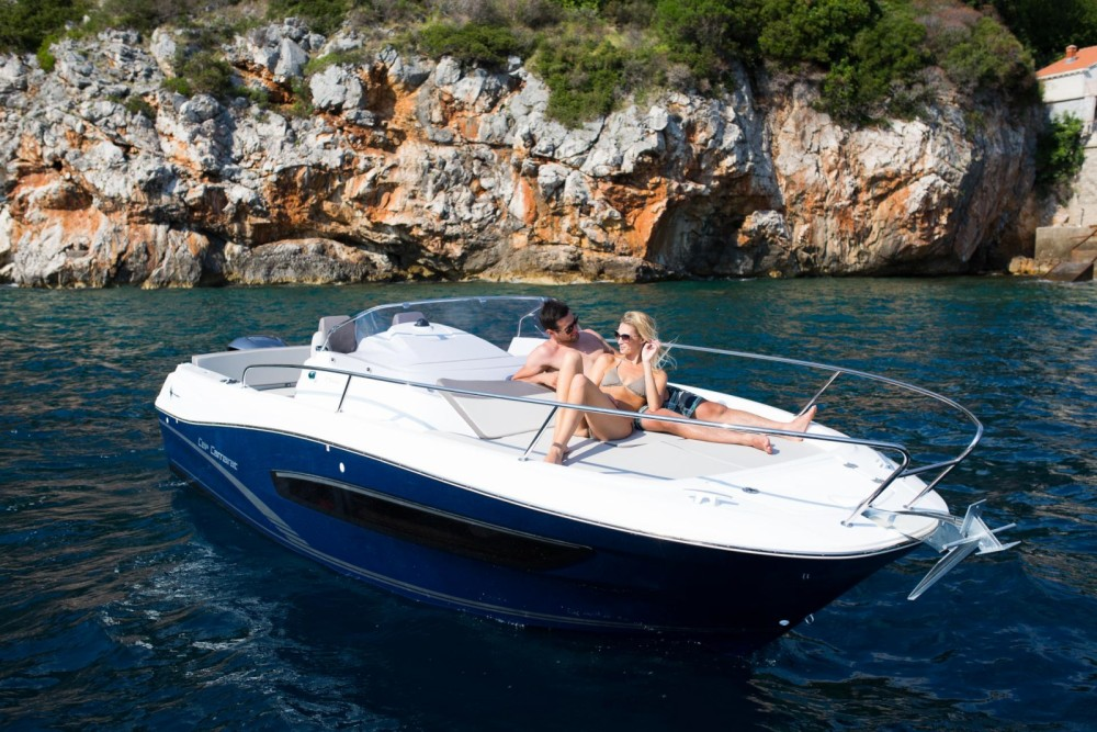 Hire Motorboat with or without skipper Jeanneau La Trinité-sur-Mer