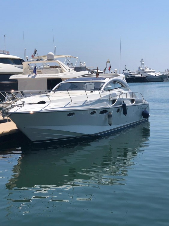 Hire Motorboat with or without skipper Rizzardi Cannes