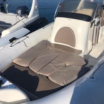 Rental yacht Marseille - Zodiac Medline 3 on SamBoat