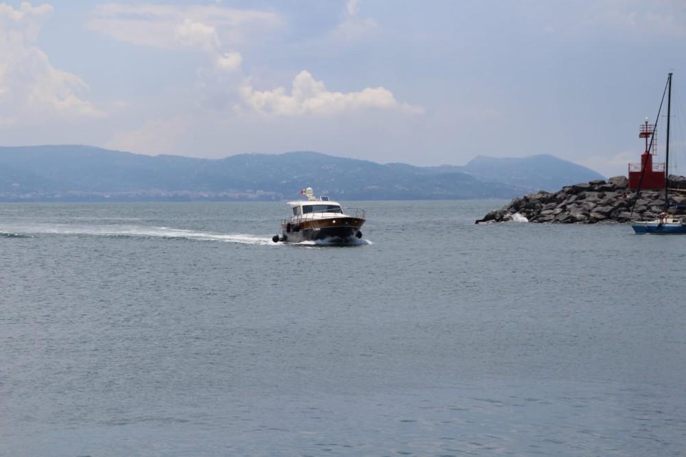 Rental yacht Torre del Greco - cantieri di donna serapo 42 on SamBoat
