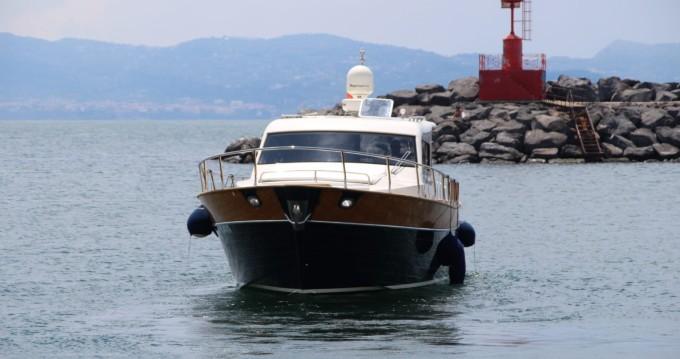 Boat rental Torre del Greco cheap serapo 42