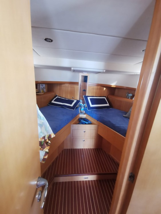Motorboat for rent Torre del Greco at the best price