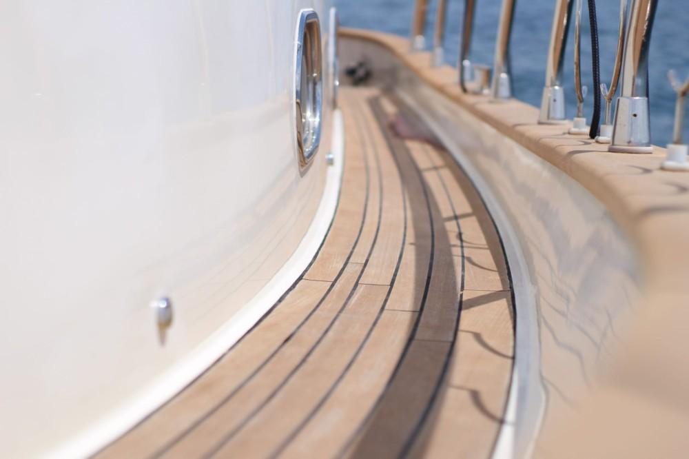 Rental Motorboat in Torre del Greco - cantieri di donna serapo 42