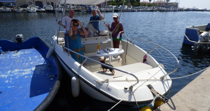 Boat rental Agde cheap Activ 605 Open