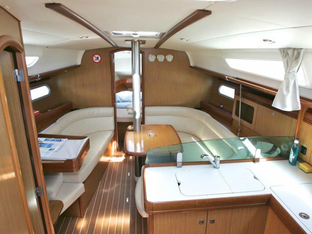 Boat rental Nieuwpoort cheap Sun Odyssey 36i