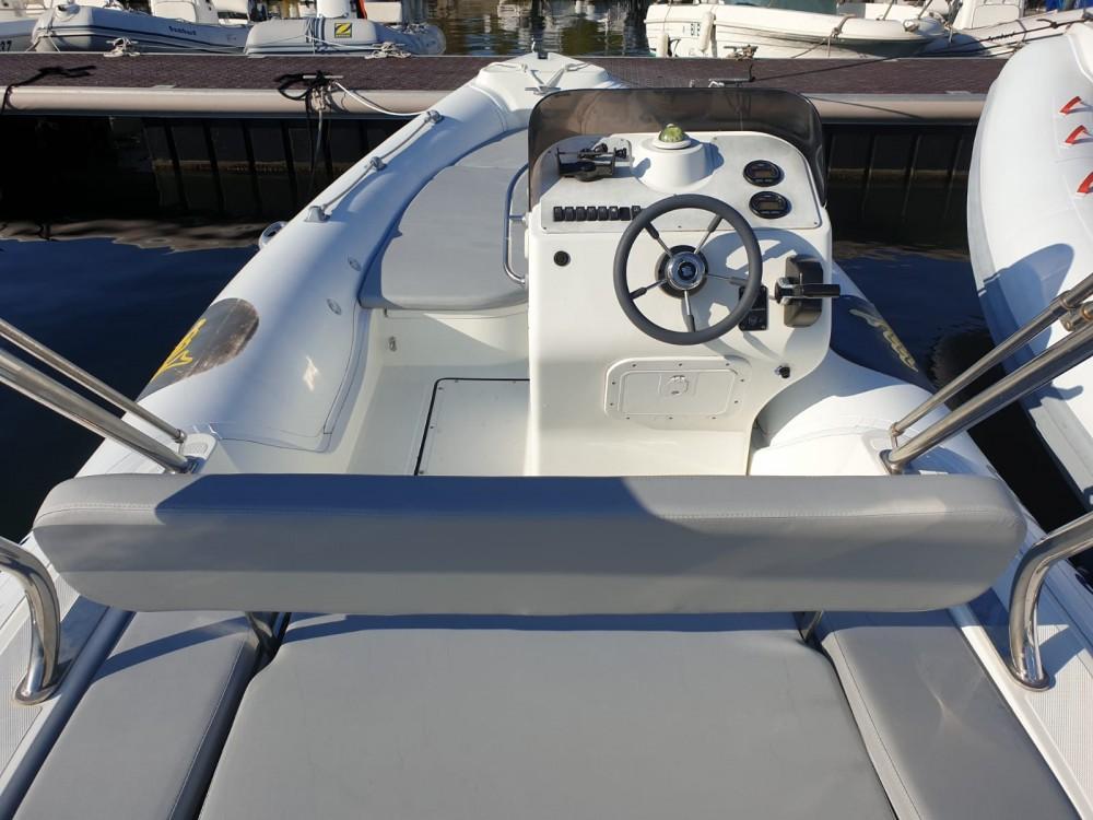 Motonautica Vesuviana MV 570 Comfort between personal and professional Saint-Florent